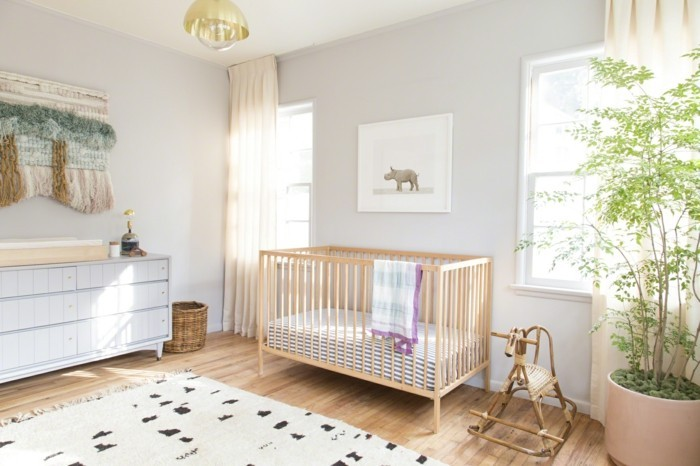 Chambre bébé mixte colorée - Idées de tricot gratuit