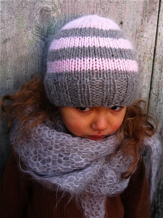 Tricoter un bonnet facile pour fille - Idées de tricot gratuit 4f84f305e7a