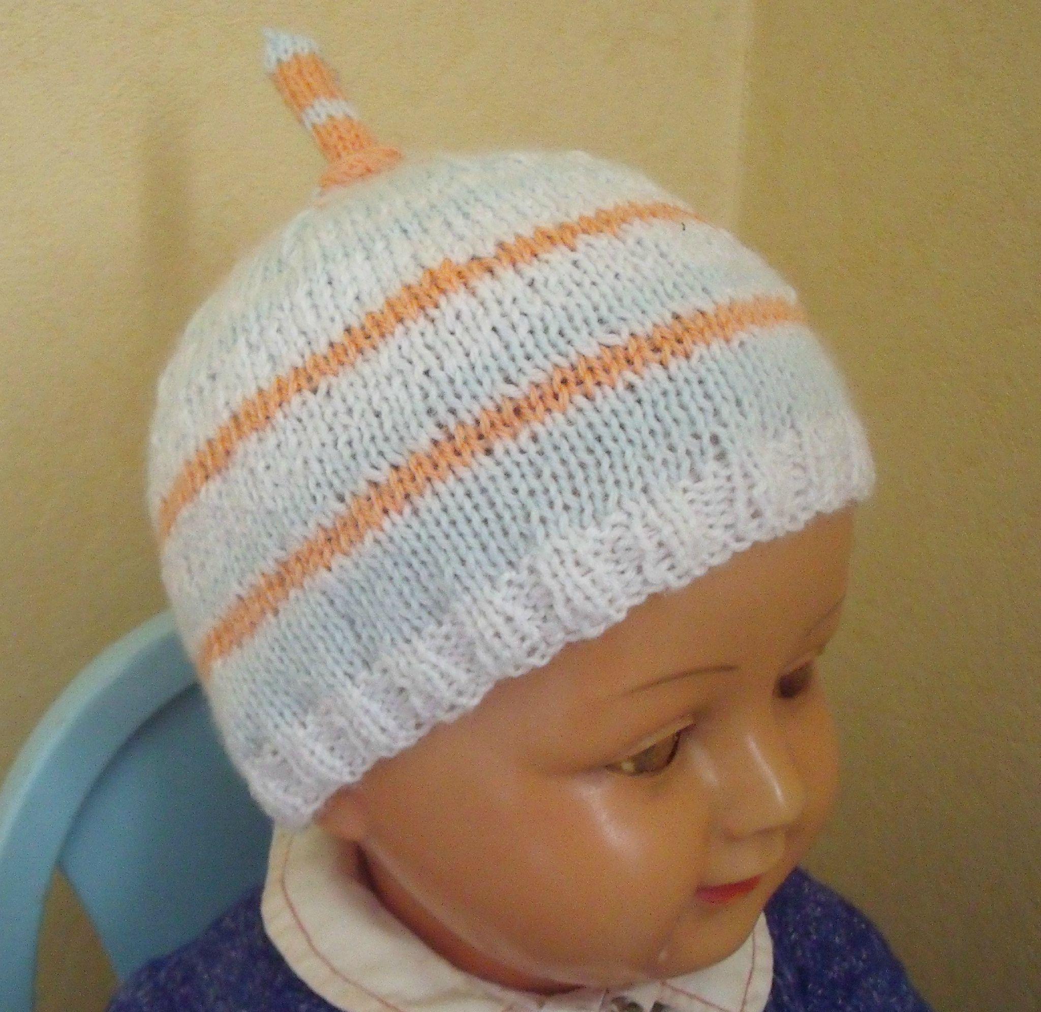 Tricoter un bonnet pour un nourrisson - Idées de tricot gratuit 577f2d385cc