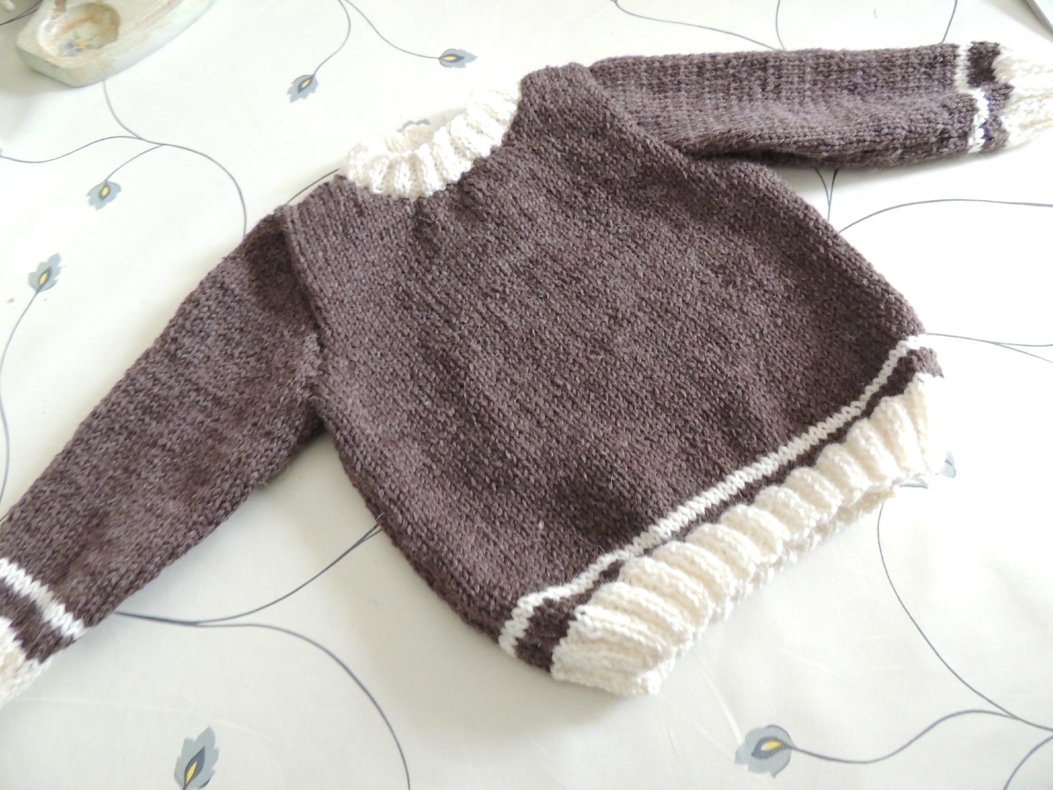 1df6d818ebe60 Tricot pull bébé 2 ans - Idées de tricot gratuit