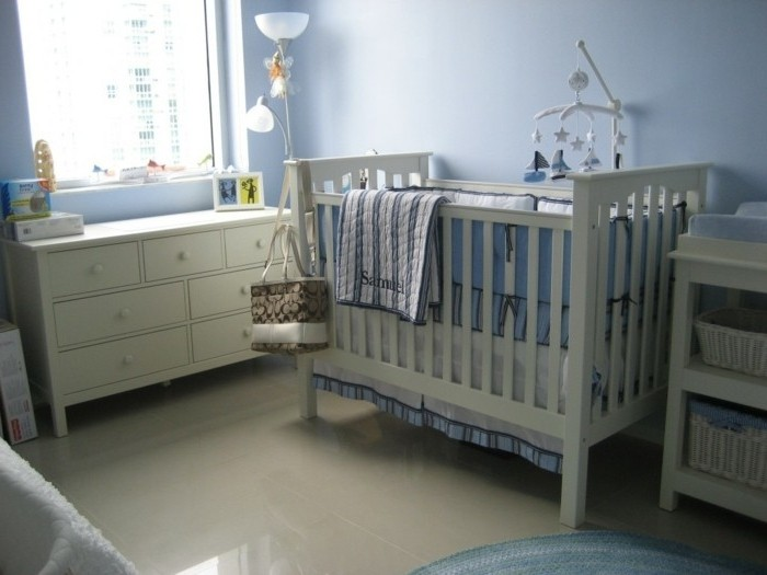 Chambre bébé gris bleu - Idées de tricot gratuit