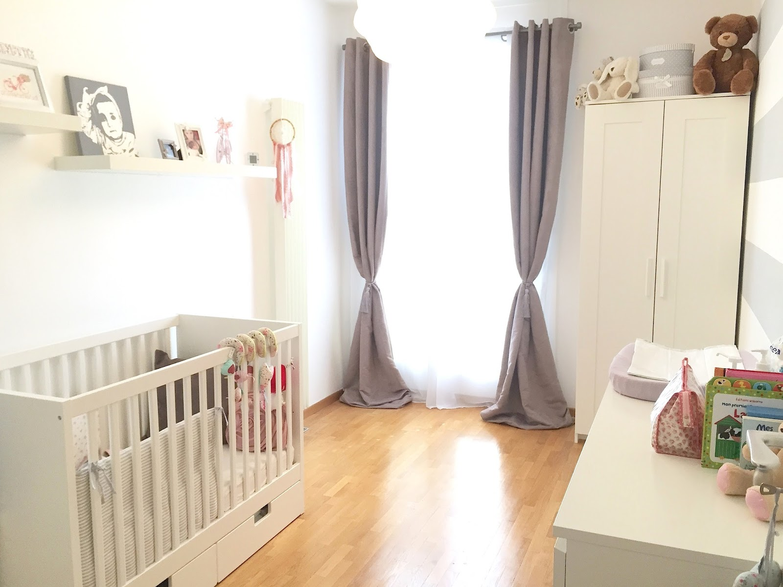 rideaux chambre b b ikea trainingsstalmaikewiebelitz. Black Bedroom Furniture Sets. Home Design Ideas