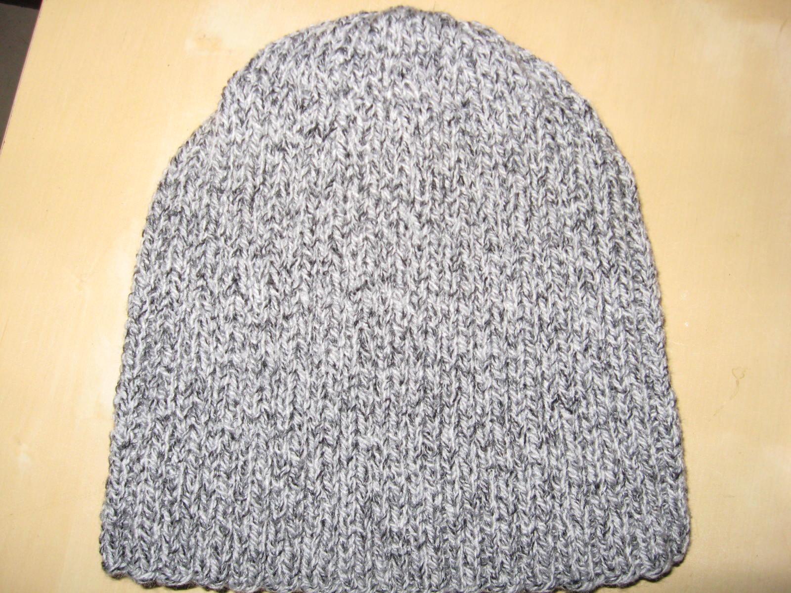 Tricoter un bonnet avec revers - Idées de tricot gratuit 606668779e0