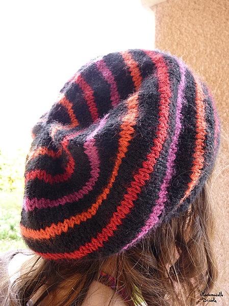 Tricoter un bonnet rayé