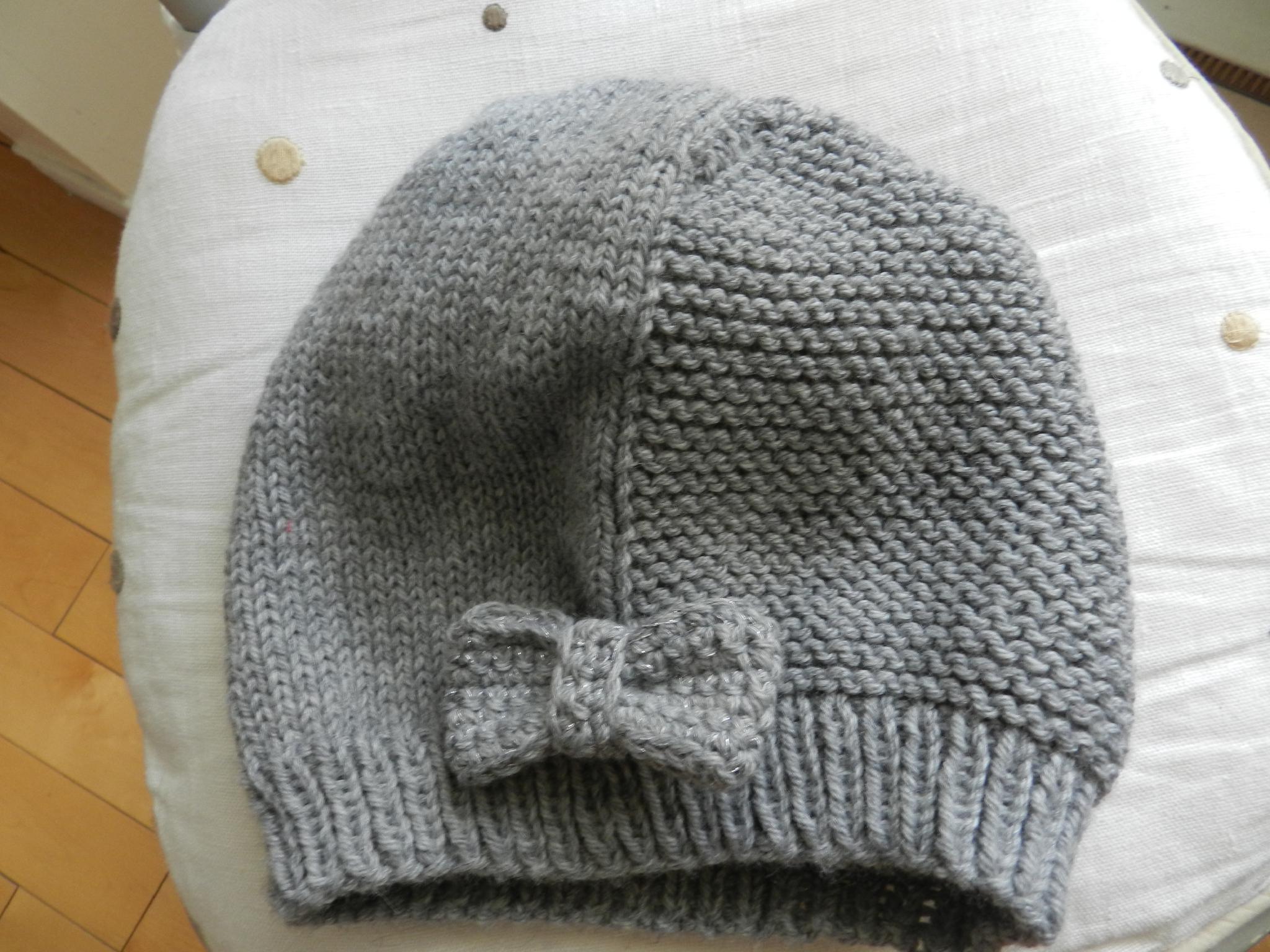 Tricot bonnet taille 2 ans - Idées de tricot gratuit 2c1ab7c8dec