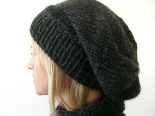 Tricoter un bonnet loose - Idées de tricot gratuit 0d0b8047e36