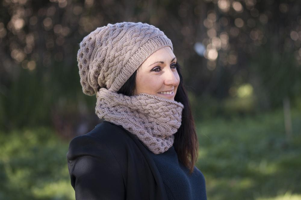 d20b67e1610f2 Tricoter un bonnet long tombant - Idées de tricot gratuit