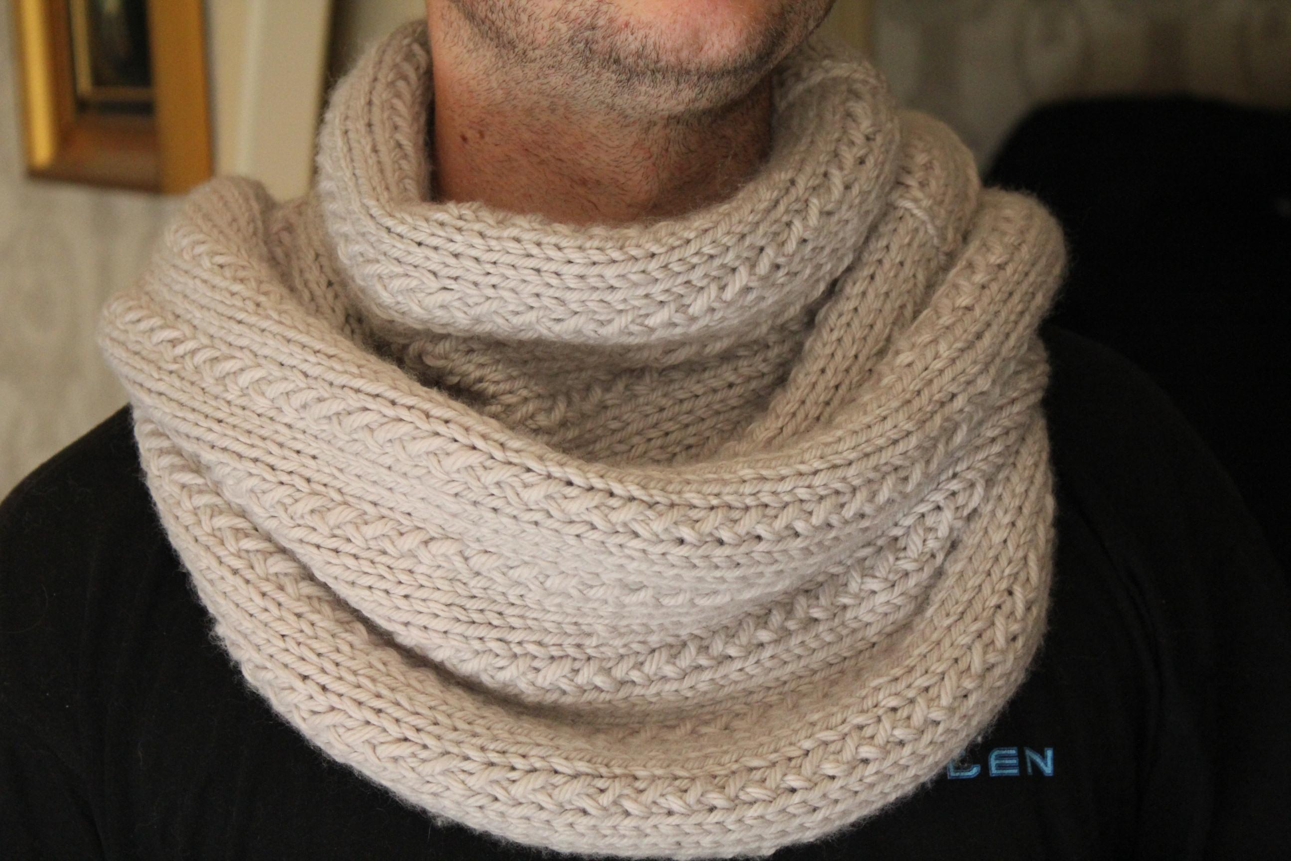 Tricoter snood homme facile - Idées de tricot gratuit fec5ca0ebcc