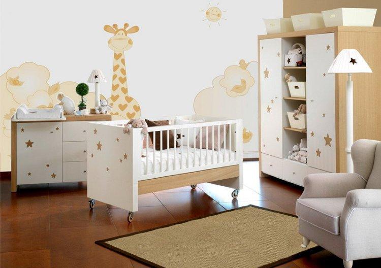 Chambre bébé mur blanc - Idées de tricot gratuit