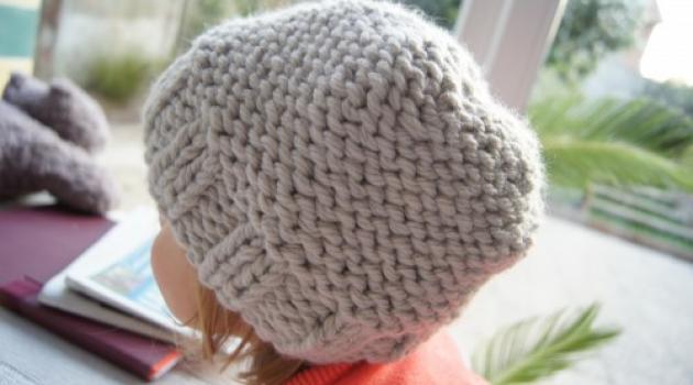 Tricoter un bonnet bébé 12 mois - Idées de tricot gratuit 92948e03d54