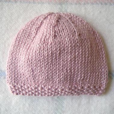 4a121d3ac28 Tricoter un bonnet de bébé facile - Idées de tricot gratuit