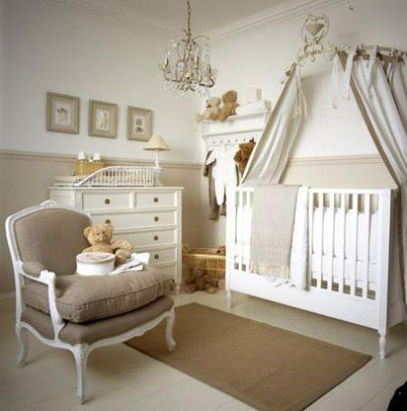 Chambre bébé fille baroque