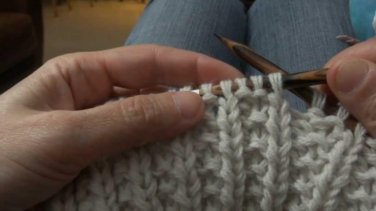Tricoter un snood en fausse cote anglaise - Idées de tricot gratuit