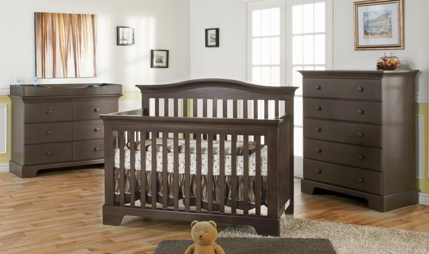 chambre b b mobilier id es de tricot gratuit. Black Bedroom Furniture Sets. Home Design Ideas