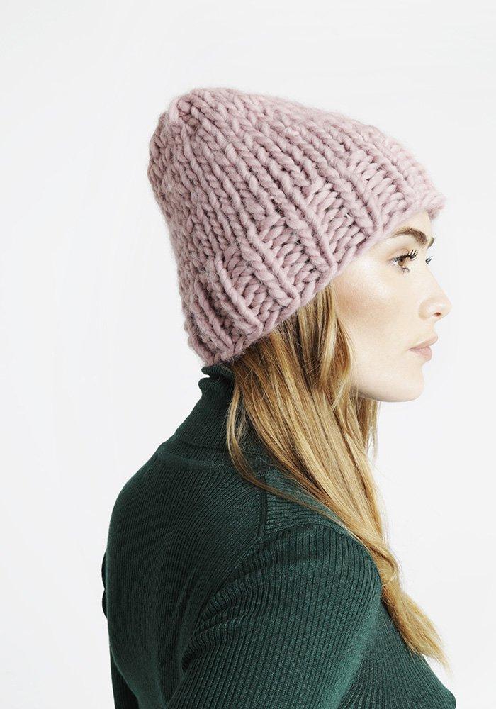 Tricoter un bonnet laine - Idées de tricot gratuit a2f32519a6c