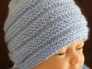 Tricot facile bonnet bébé - Idées de tricot gratuit 6f02009cb10