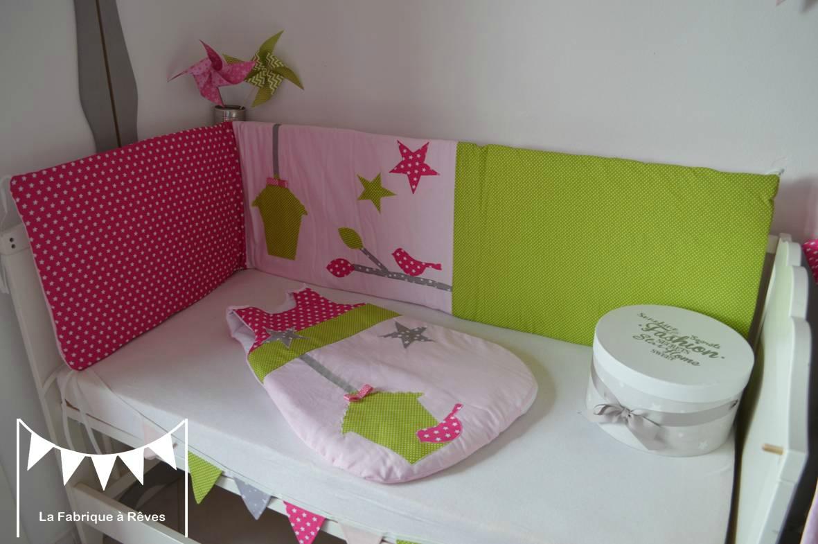 Tour de lit bébé gris et vert - Idées de tricot gratuit