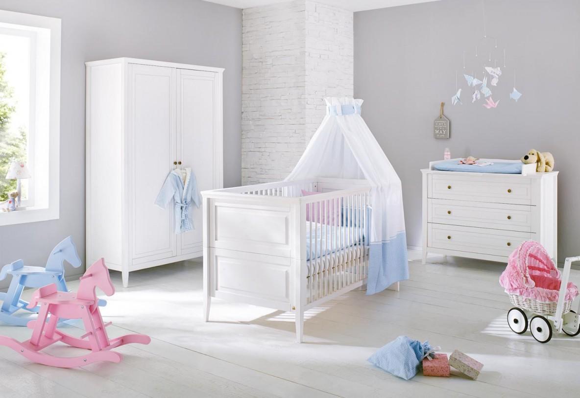 Chambre bébé princesse disney