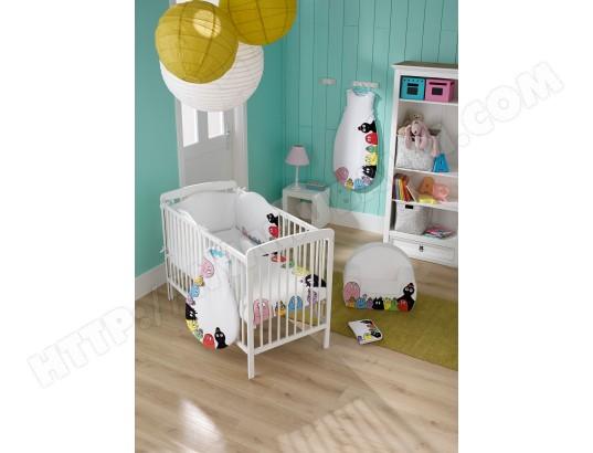 Décoration chambre bébé barbapapa