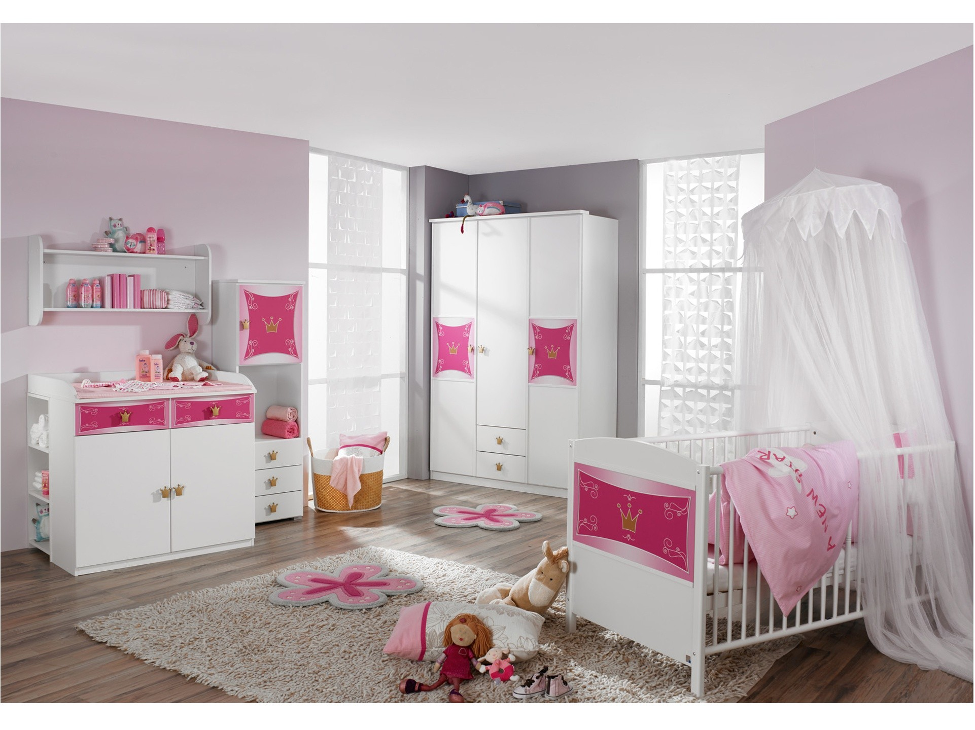 Chambre compl te b b kitty id es de tricot gratuit - Decoration hello kitty chambre bebe ...