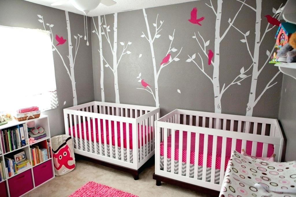 Chambre de bébé garçon jumeaux - Idées de tricot gratuit