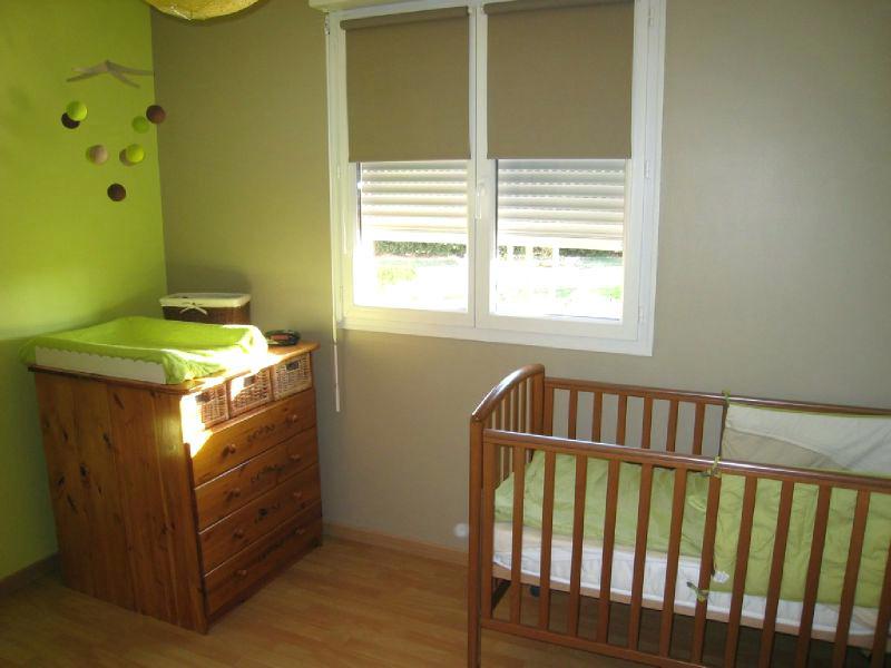 Agreable Chambre Bébé Vert Anis Et Taupe