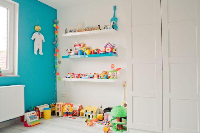 Chambre de bébé colorée - Idées de tricot gratuit
