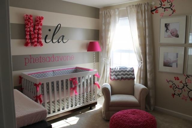 Chambre de bébé fille moderne - Idées de tricot gratuit