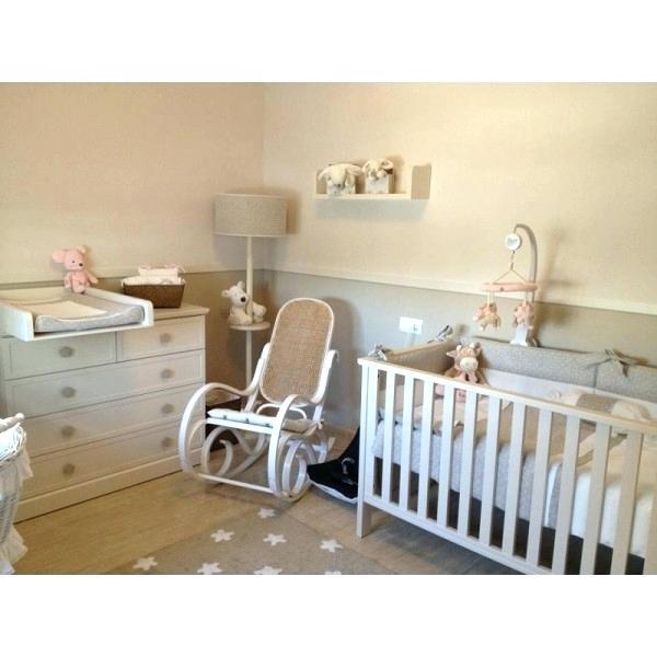 Chambre bébé taupe et beige - Idées de tricot gratuit