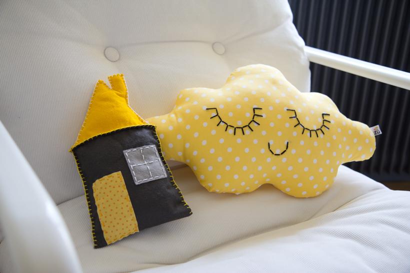 Rideau jaune pour chambre bébé - Idées de tricot gratuit