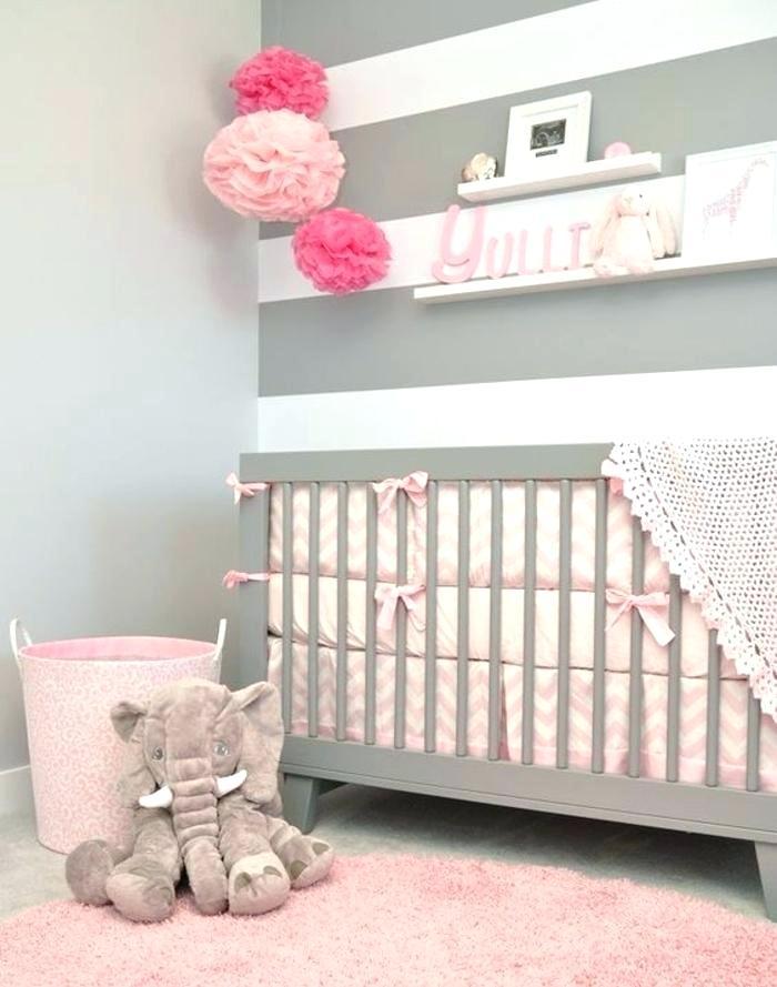 Chambre bebe fille mur blanc