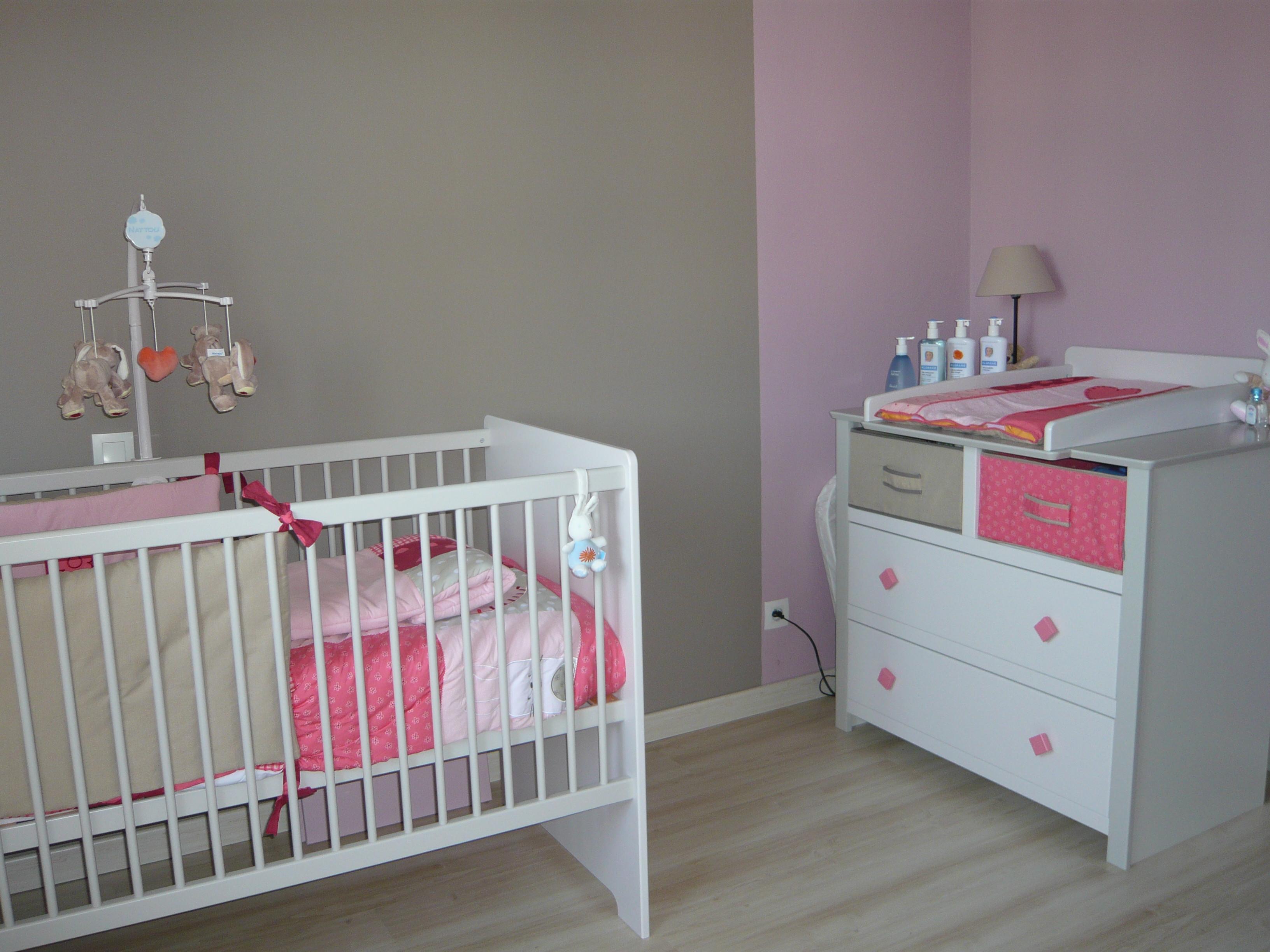 Peinture Chambre Bebe Fille Rose Et Gris Idees De Tricot Gratuit
