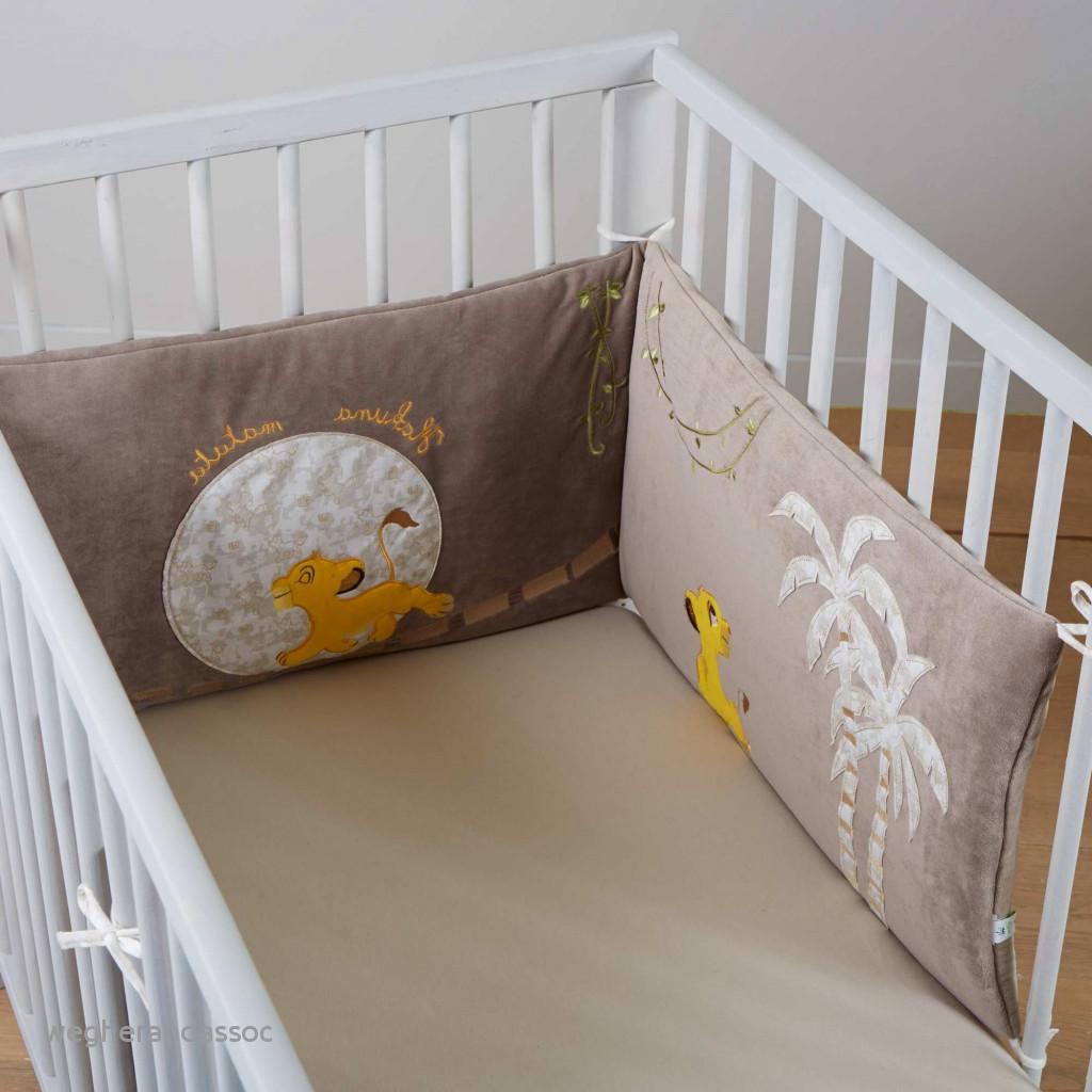 af43754bc068a Linge de lit bébé le roi lion - Idées de tricot gratuit