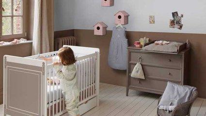 Chambre bébé marron et rose - Idées de tricot gratuit