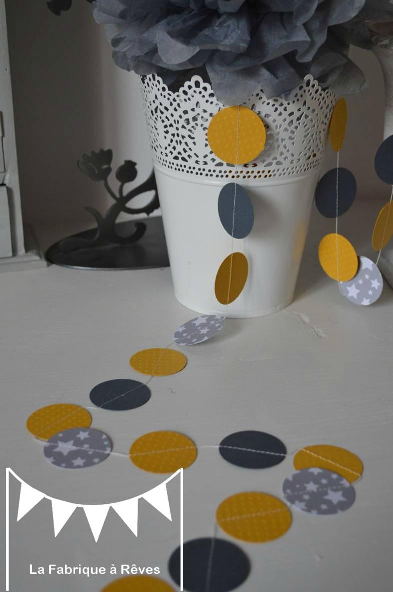 decoration chambre bebe jaune moutarde id es de tricot gratuit. Black Bedroom Furniture Sets. Home Design Ideas