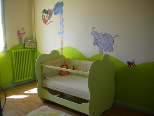 Chambre bébé vert anis et chocolat - Idées de tricot gratuit