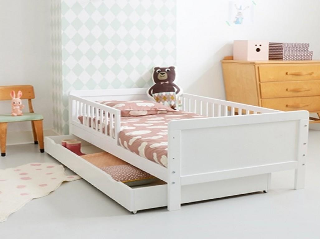 Lit bebe blanc d'ivoire