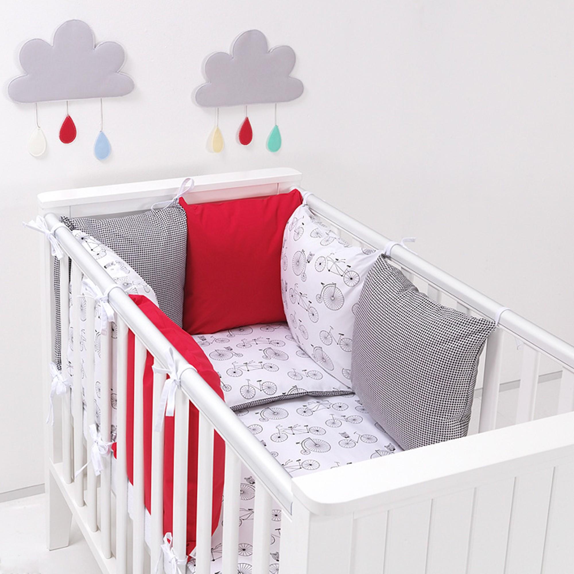 Chambre bébé garçon rouge - Idées de tricot gratuit