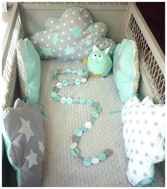 Tour de lit bébé forme nuage - Idées de tricot gratuit