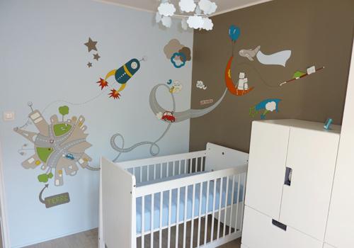 Chambre de bébé peinture murale