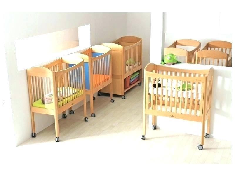 petit lit b b gain de place id es de tricot gratuit. Black Bedroom Furniture Sets. Home Design Ideas