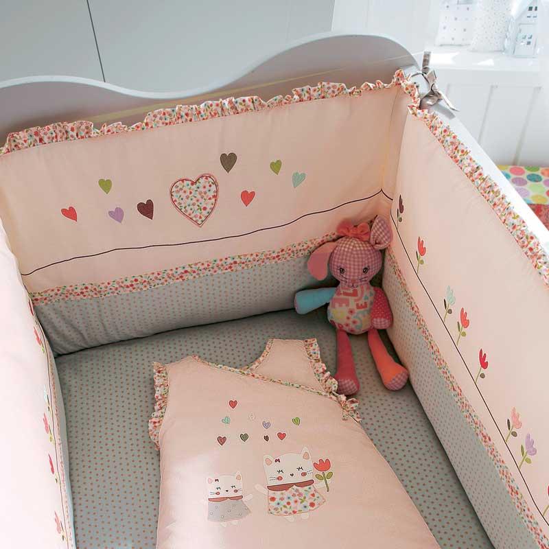 tour de lit bebe fille vertbaudet id es de tricot gratuit. Black Bedroom Furniture Sets. Home Design Ideas